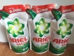 Nước giặt Ariel gói 1,7kg
