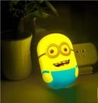 Đèn ngủ Minion