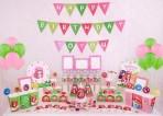 Set trang trí sinh nhật 16 món theo chủ đề- bé dâu tây