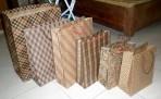 Túi giấy đựng quà (các cỡ)